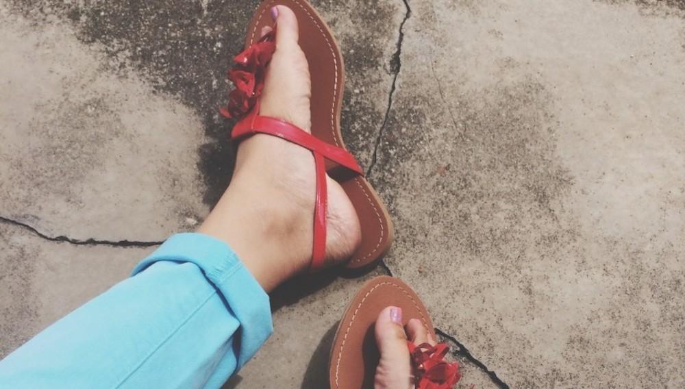 Summer Fashion Red Sandals Set Off Your PaleSkin
