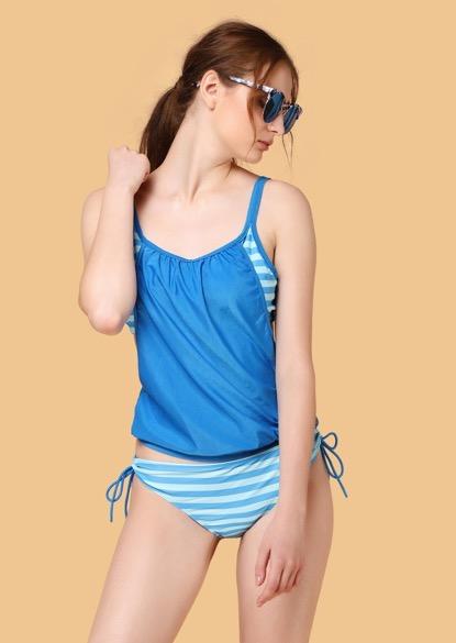 Sun is shining blue beachwear set