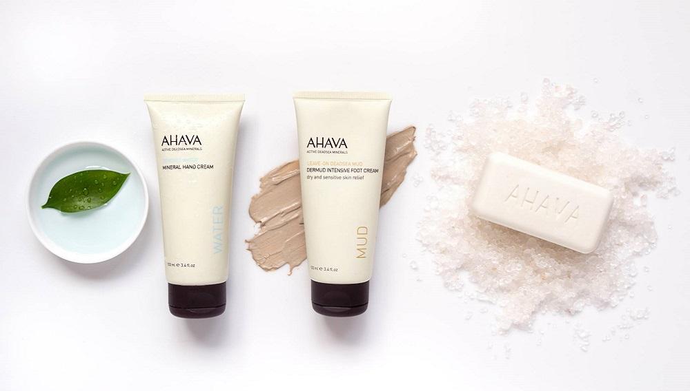 5 Beauty Buys Always In the AHAVA Cart